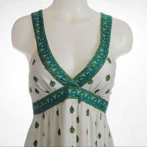 City Triangles - Green Halter Dress Size Medium